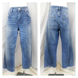 Zara High Rise Crop Jean Pants distressed raw hem
